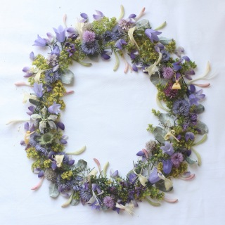 midsummer wreath via anastasiabenko.com