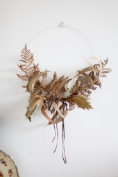 dried fern wreath - perfect fall and winter decoration