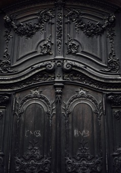 black door, antique door in Munich, Germany #ihaveathingwithdoors
