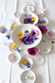 table top spring decoration via anastasiabenko.com