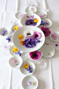 table top spring decoration via anastasiabenko.com