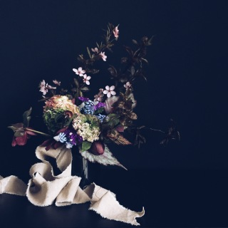 moody flower arrangement via anastasiabenko.com