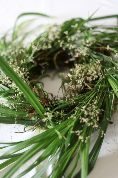 Grass wreath by Anastasia Benko