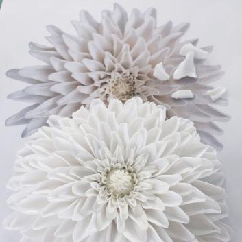 porcelain flower at the Porzellan Manufaktur Nymphenburg