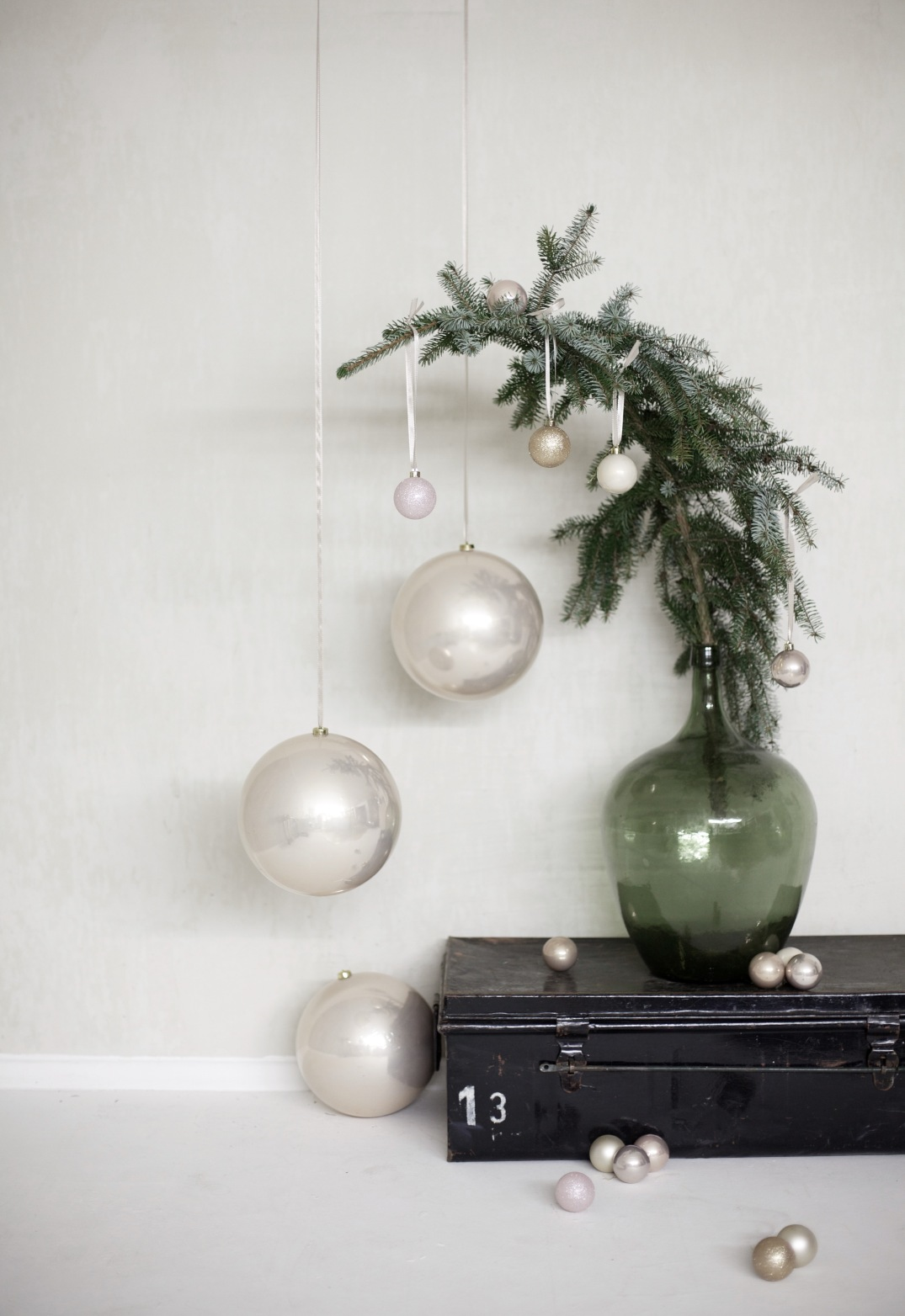 blush XXL christmas baubles - via Anastasia Benko