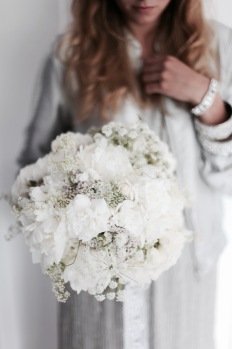 white floral arrangement with roses, peonies, yarrow, Queen Anne's lace