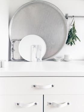 Kitchen Leather Handles DIY / kitchen via Anastasia Benko