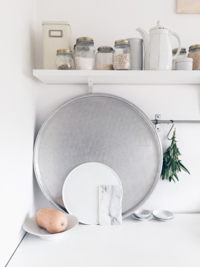 white kitchen details / kitchen via Anastasia Benko