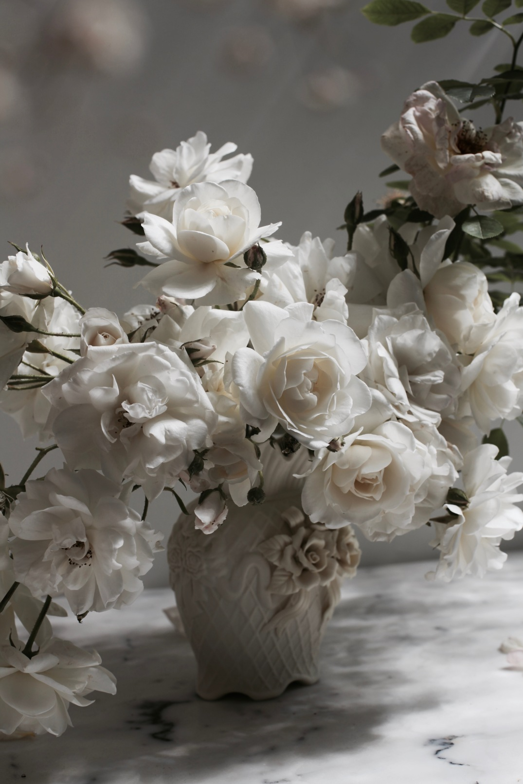 white roses floral arrangement