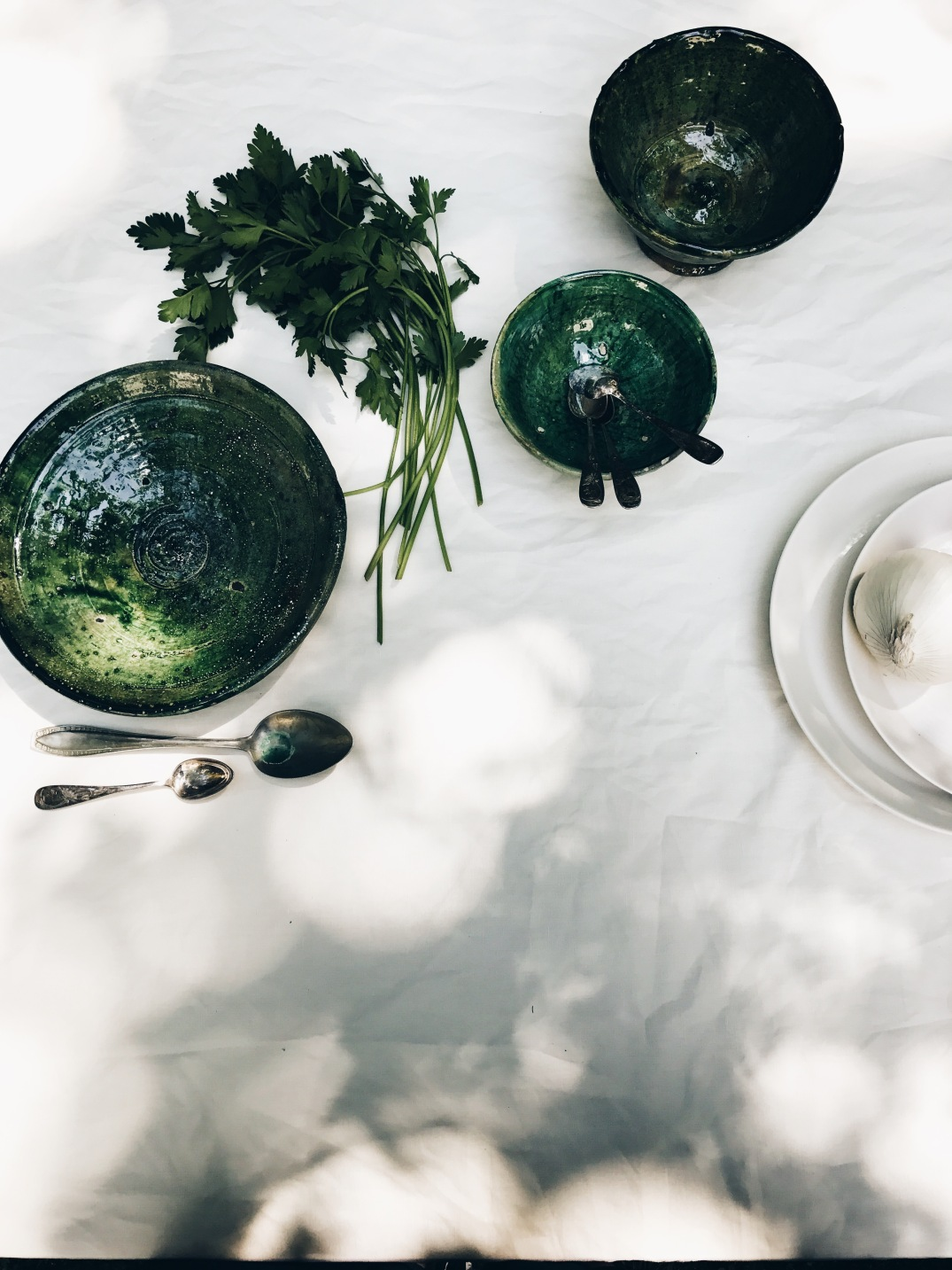 garden table setting at SoLebIch Workshop with stunning moroccan table ware