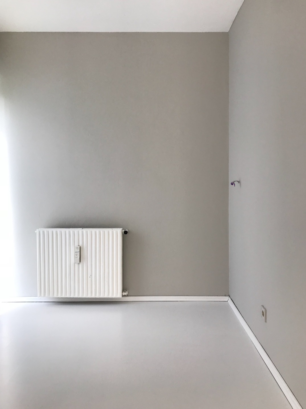 AFTER the painting job - walls 'Cornforth White' and floors 'Wevet' by Farrow and Ball
