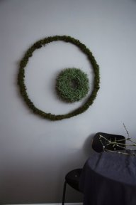 DIY moody XL Moss wreath and pine wreath