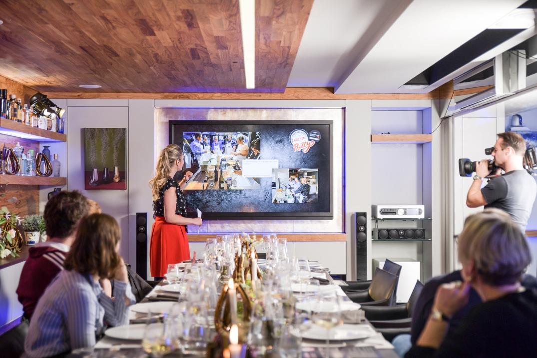 Deutschlands größte Küchenparty mit den musterhaus küchen fachgeschäften und Johann Lafer, Foto: MHK