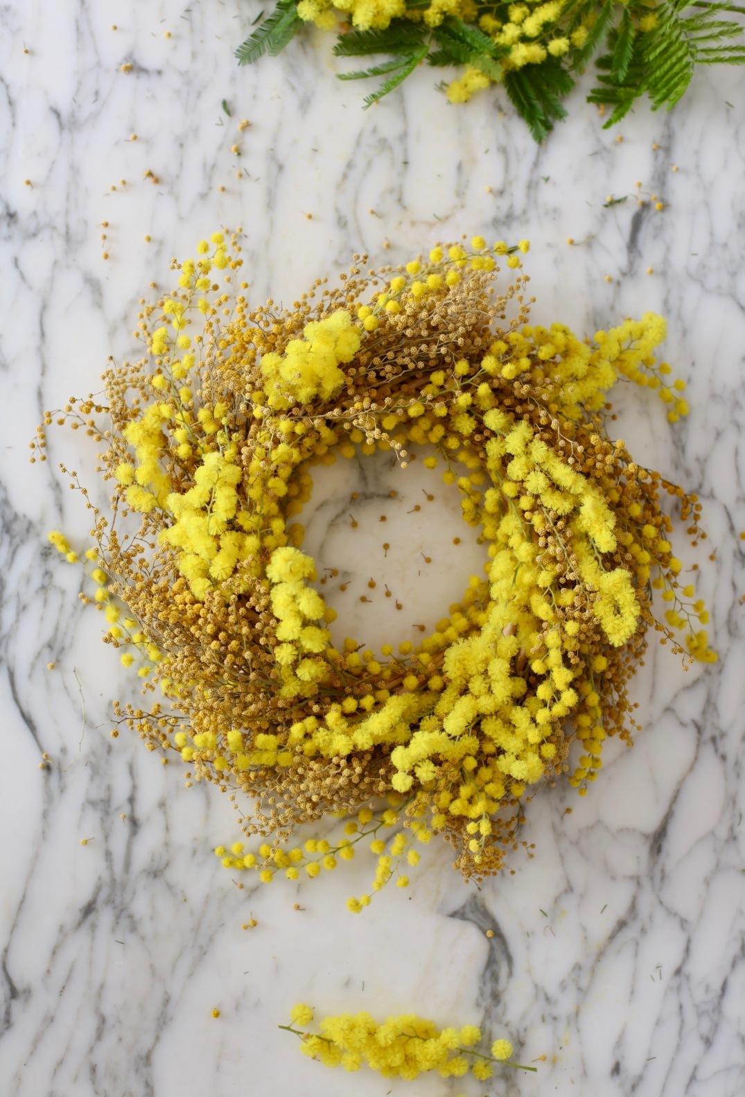 DIY mimosa wreath