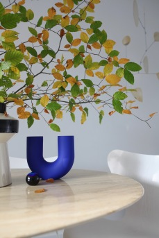 Herbstzweige und Vintage Vasen - Homestory Anastasia Benko
