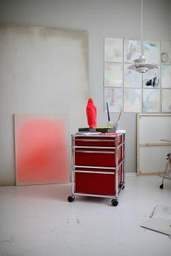 Details from Studio Anastasia Benko, vintage USM Haller, Louis Poulsen PH5